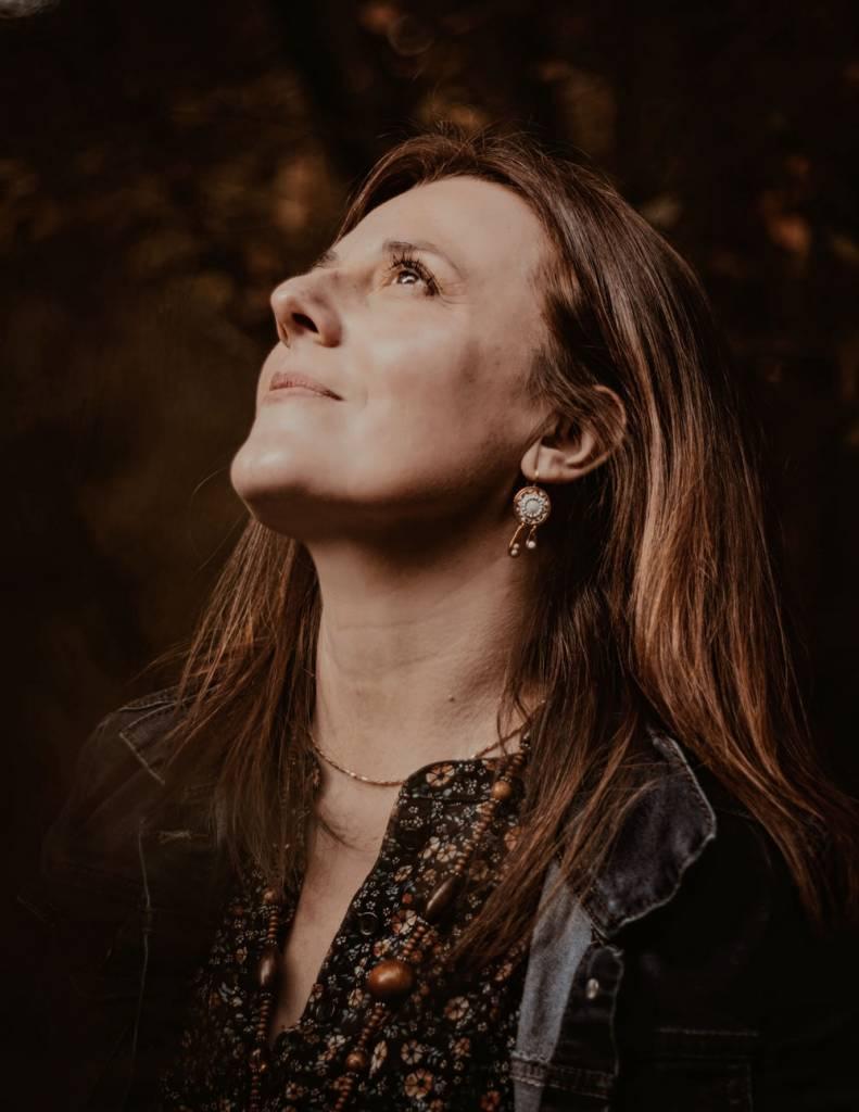 Portrait de Fanny Cuafriez, entre coach et thérapeute